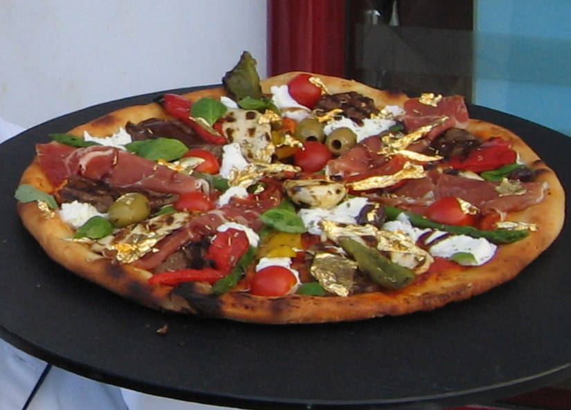 Pizza Royale 007 Most Expensive Pizza