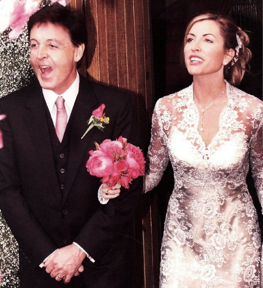 Top 10 Celebrities Most Expensive Wedding Dresses   Heather Mills' gown was designed by the famous Eavis & Brown of London.