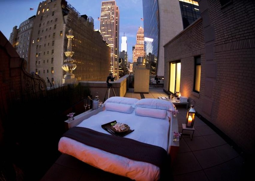 Most Expensive Outdoor Bedroom in the World - EALUXE