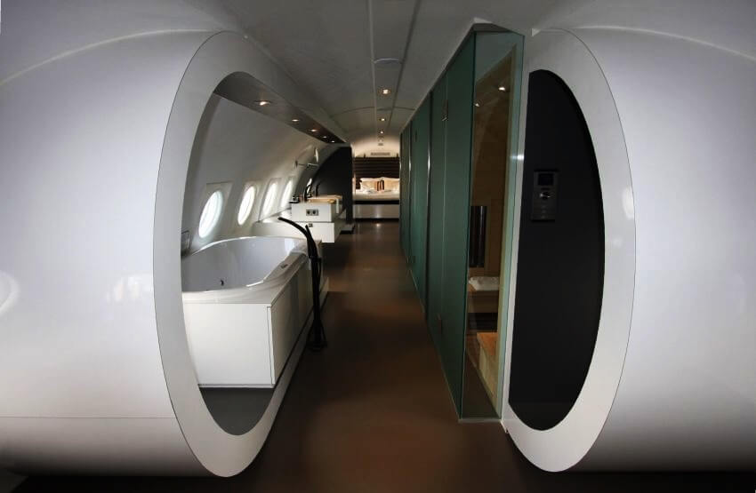 Top 5 most expensive airplane hotels ealuxe com for The most expensive airplane