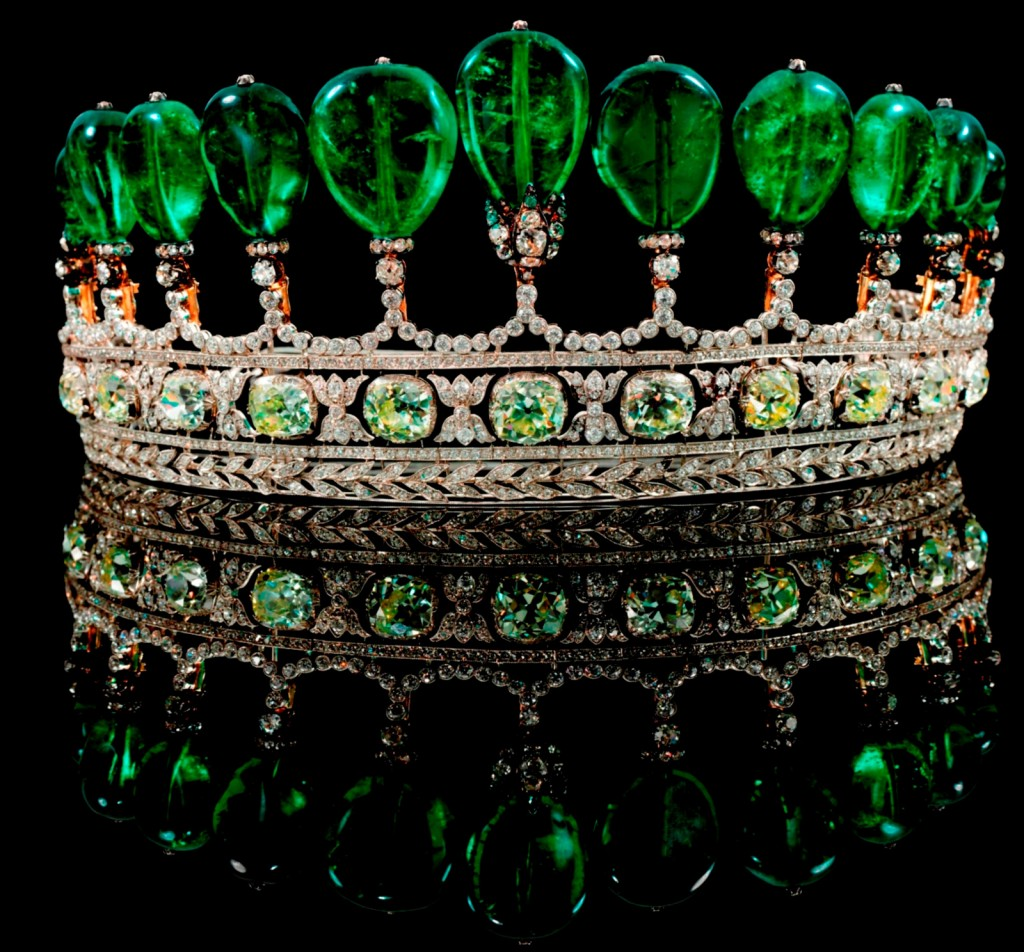 Most Expensive Antiques in the World | Top 10 | #7 Emerald & Diamond Tiara – $12.1 million