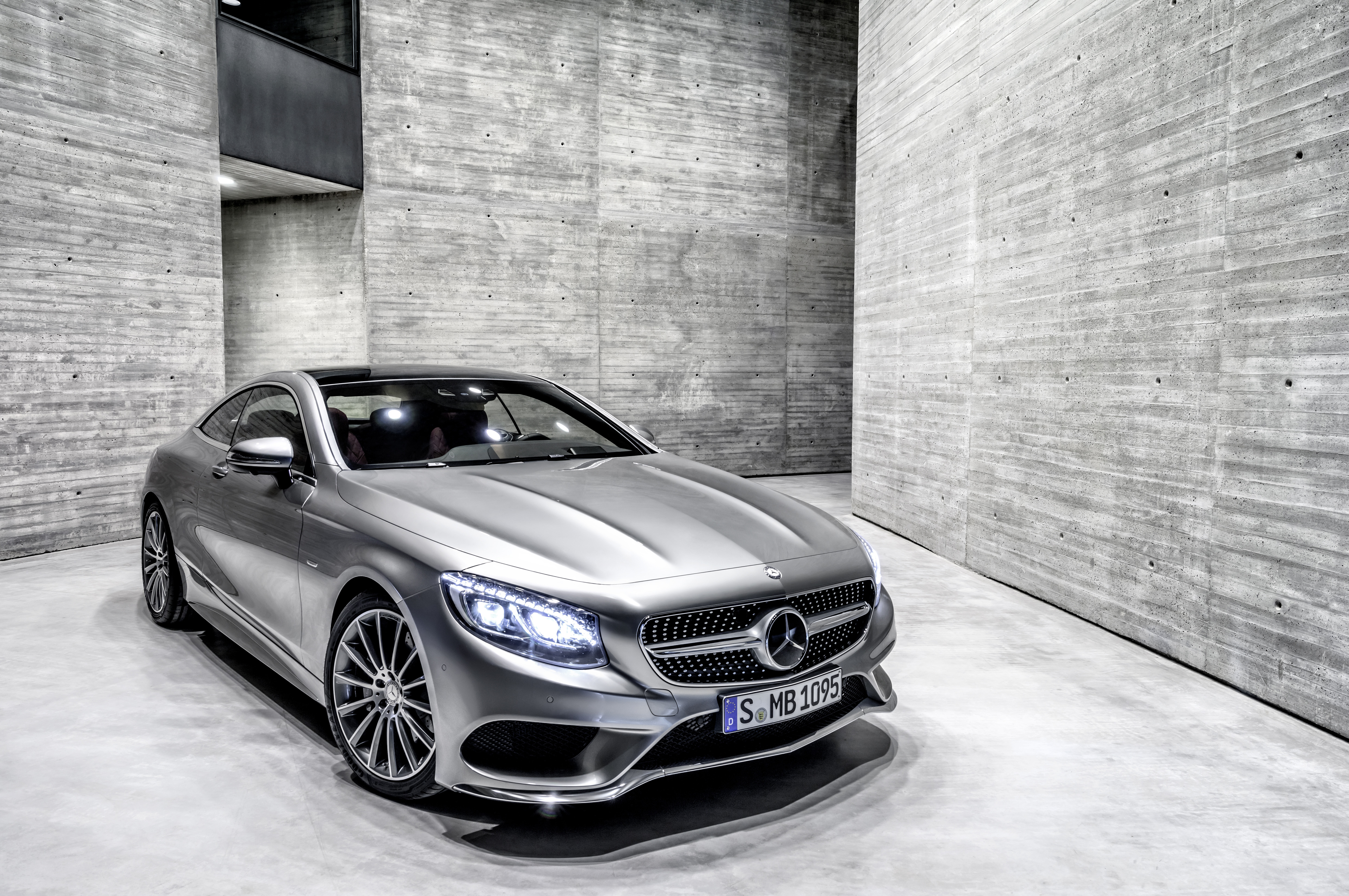 mercedes benz s class coupe luxury car