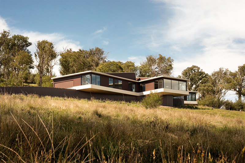 Beautiful countryside house in australia for Rural home designs nsw