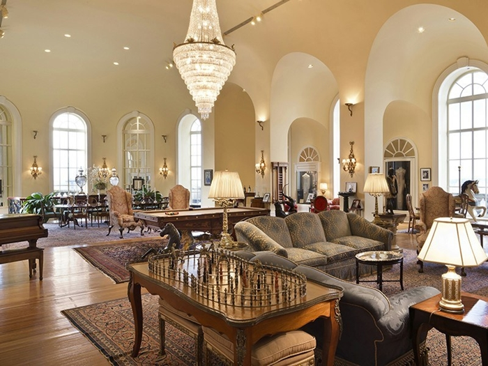 Top 5 most expensive penthouses in the us pierre hotel for Most expensive hotel in america
