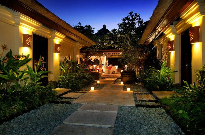 Most luxurious hotels in southeast asia for Great hotels in bali