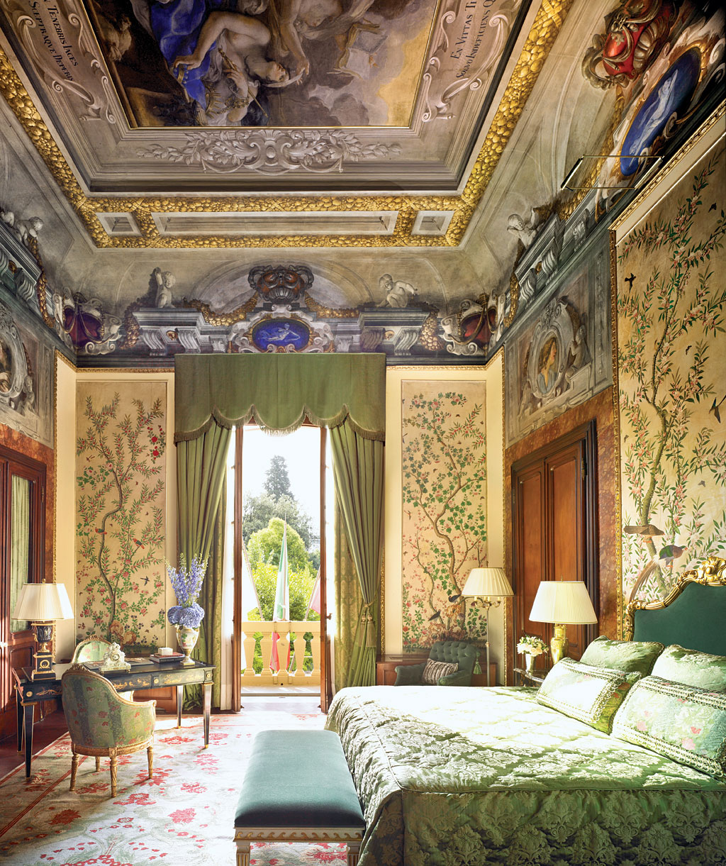 Best luxury hotels in florence top 10 ealuxe com for Design hotel florence italy