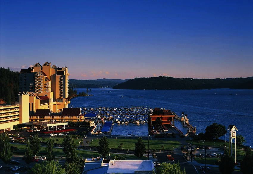 Coeur D'Alene (ID) United States  City pictures : Coeur d'Alene Resort, ID Best Christmas Hotels in the United States ...