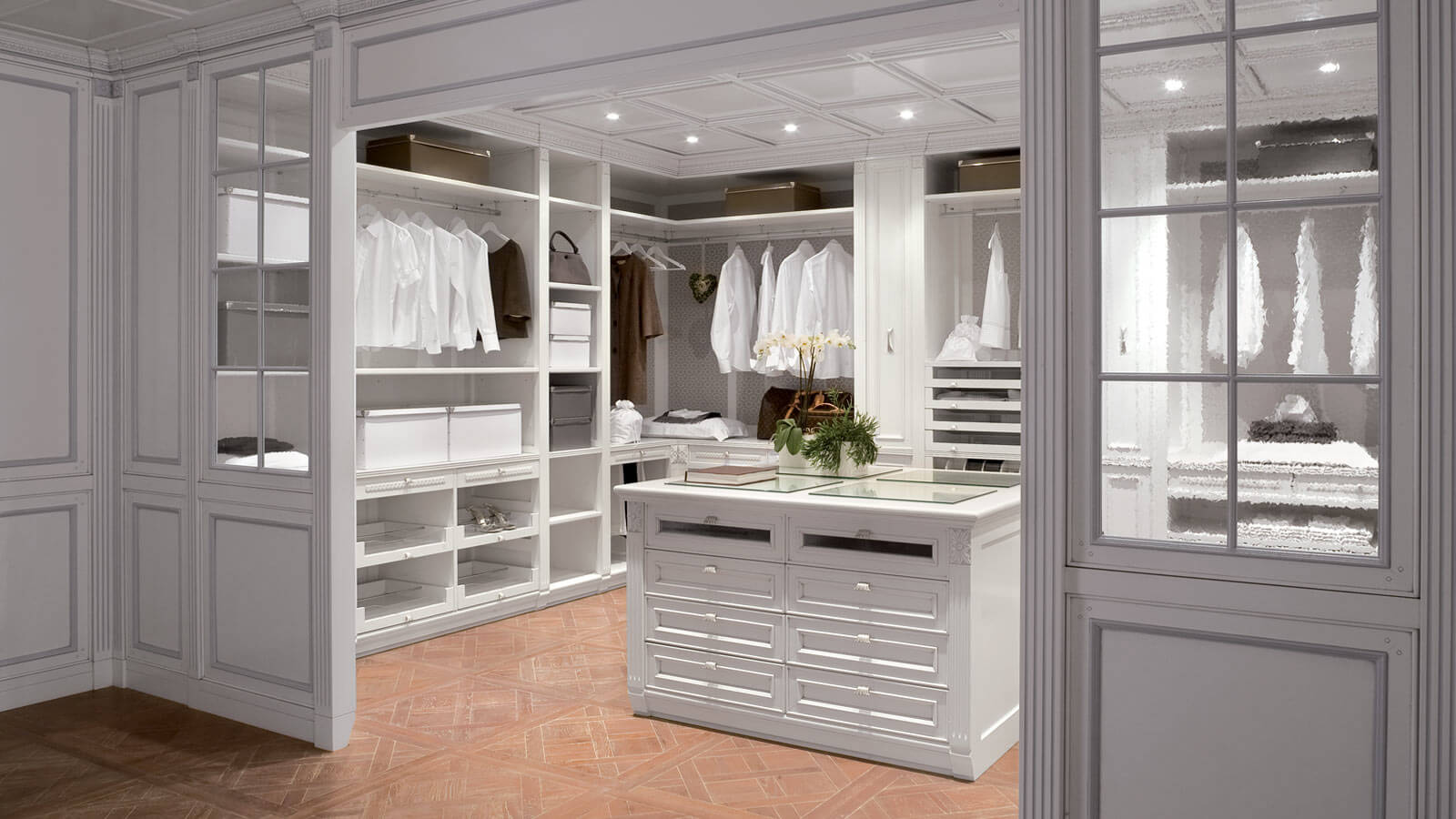 Get Inside The 10 Most Exquisite Celebrity Closets