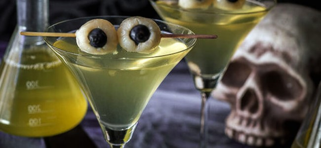 These 15 Photos of Cocktails Are What You Need to Get Drunk this Halloween
