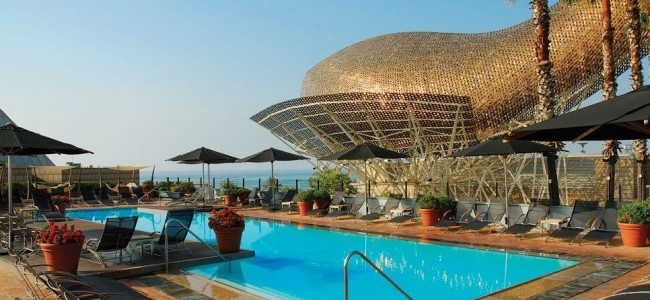 Inside Luxury Hotel Arts Barcelona and Its Stunning Steel Sculpture