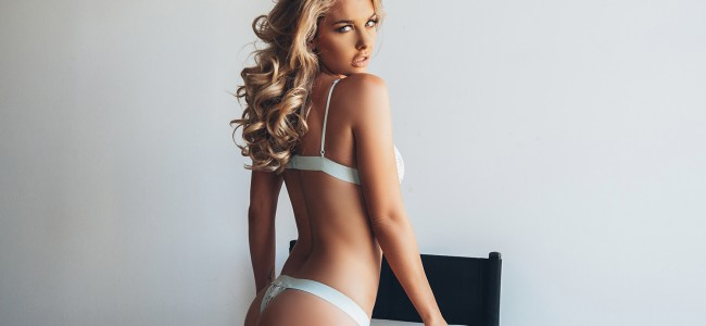 Emily Sears Is One of the Sexiest Women on Instagram