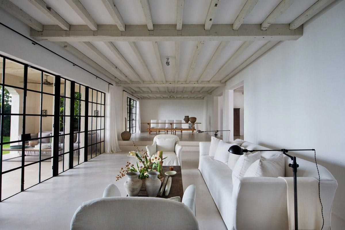 Calvin klein 39 s miami beach house is up for sale for Minimalist house miami