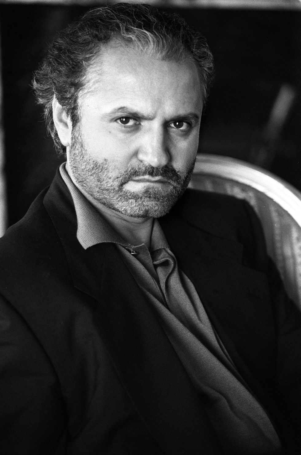 http://www.alux.com/wp-content/uploads/2016/03/15-Things-You-Didnt-Know-About-Gianni-Versace-9.jpg