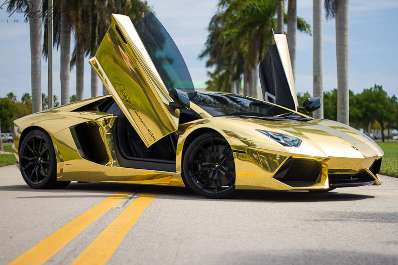 10 Things Rich People Own in Common Sport Car Lamborghini