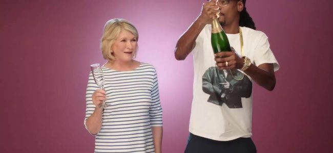 Snoop Dogg & Martha Stewart Have a New Cooking Show Coming Up (Here's the trailer)