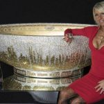 How much do you Think This Gold Crystal Bathtub Adorned with 250,000 Crystals Costs?