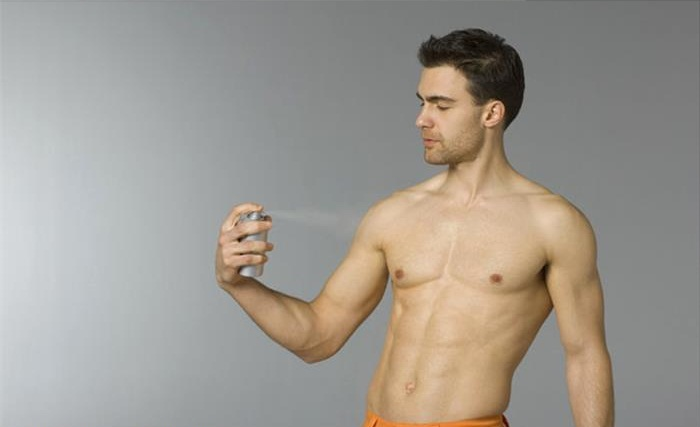 9 Tricks To Improve Your Look Instantly 2014: Use Deodorant