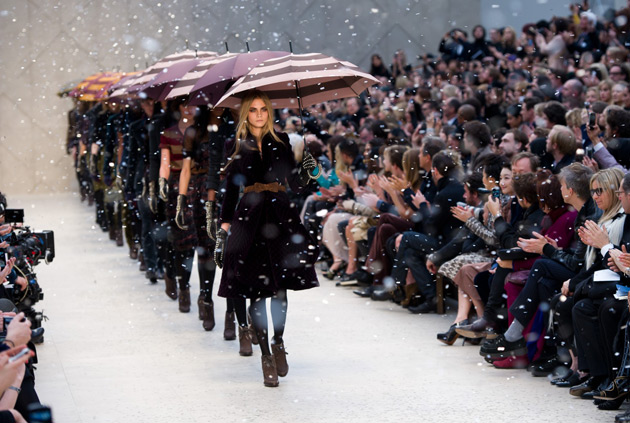 burberry-prorsum-autumn-winter-2012-womenswear-show-finale2 winter fashion trends 2013 women