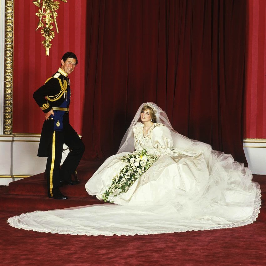 Top 10 Celebrities Most Expensive Wedding Dresses The Gown Became One Of Famous