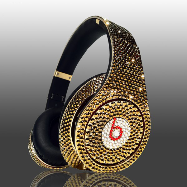Most Expensive Beats By Dre Headphones: 2. Crystal Rocked Swarovski Glamour series - $2650