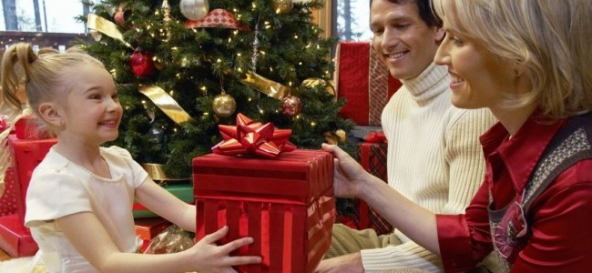 Christmas Gift Ideas For Parents  Top 10 [ Image Source frameusa.com]4