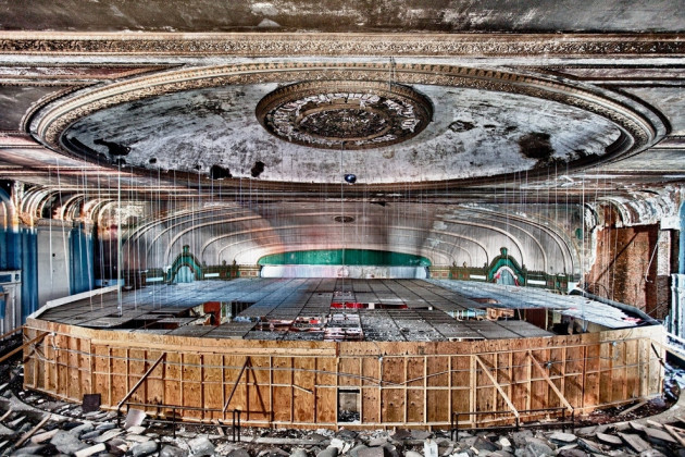 Amazing Abandoned Places Around the World - Part3: Lawndale Theater in Chicago