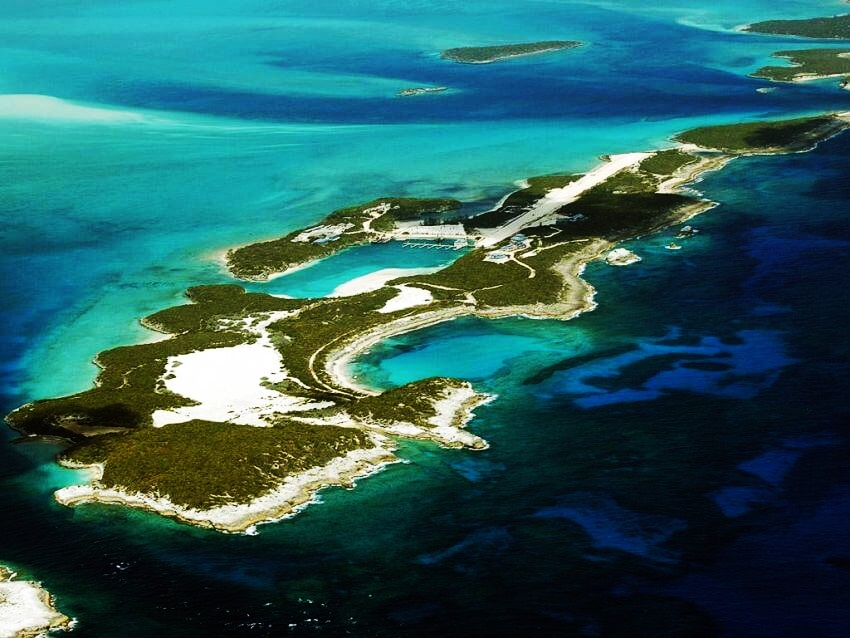 Most Expensive Private Island Rental: Musha Cay | The stunning, highest-priced isle to rent
