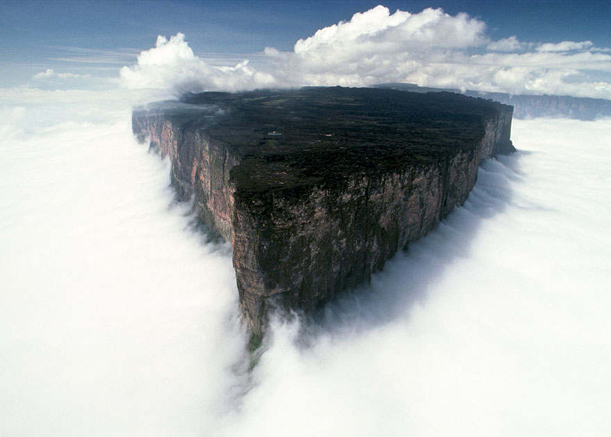 Unreal Looking Places Around The World Mount-Roraima-South-America