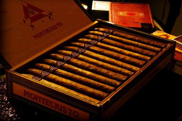 The Best Cigars in The World Montecristo No. 2 Torpedo