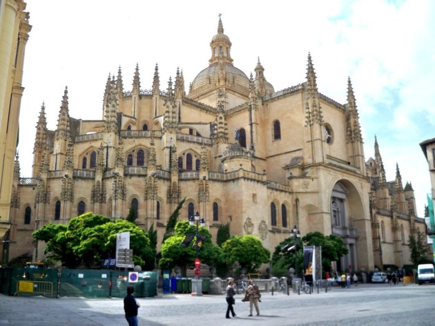 Beautiful Churches In Europe: Cathedral of Segovia