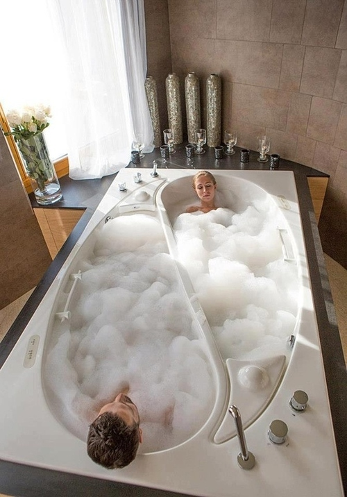 A Compartmentalized Bathtub