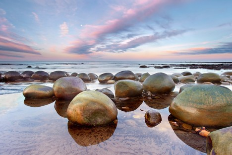 Bowling Ball Beach, California Unusual Beaches Around The World