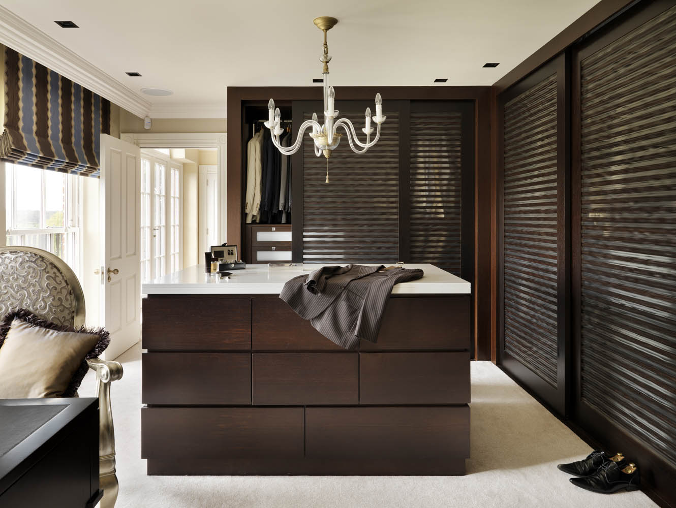 A home of luxurious information for Dressing rooms designs