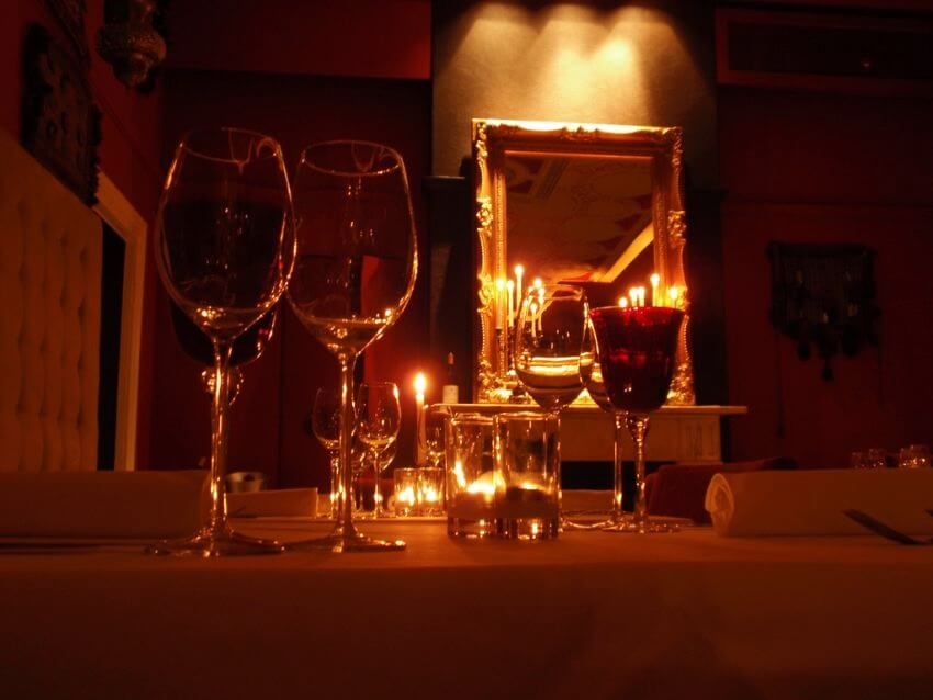 Top 10 Romantic Restaurants for Valentine's Day - EALUXE | The Opal Lounge