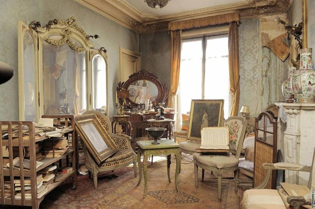 Amazing Time Capsule Parisian Apartment Opened after 70 Years revealing priceless artwork!