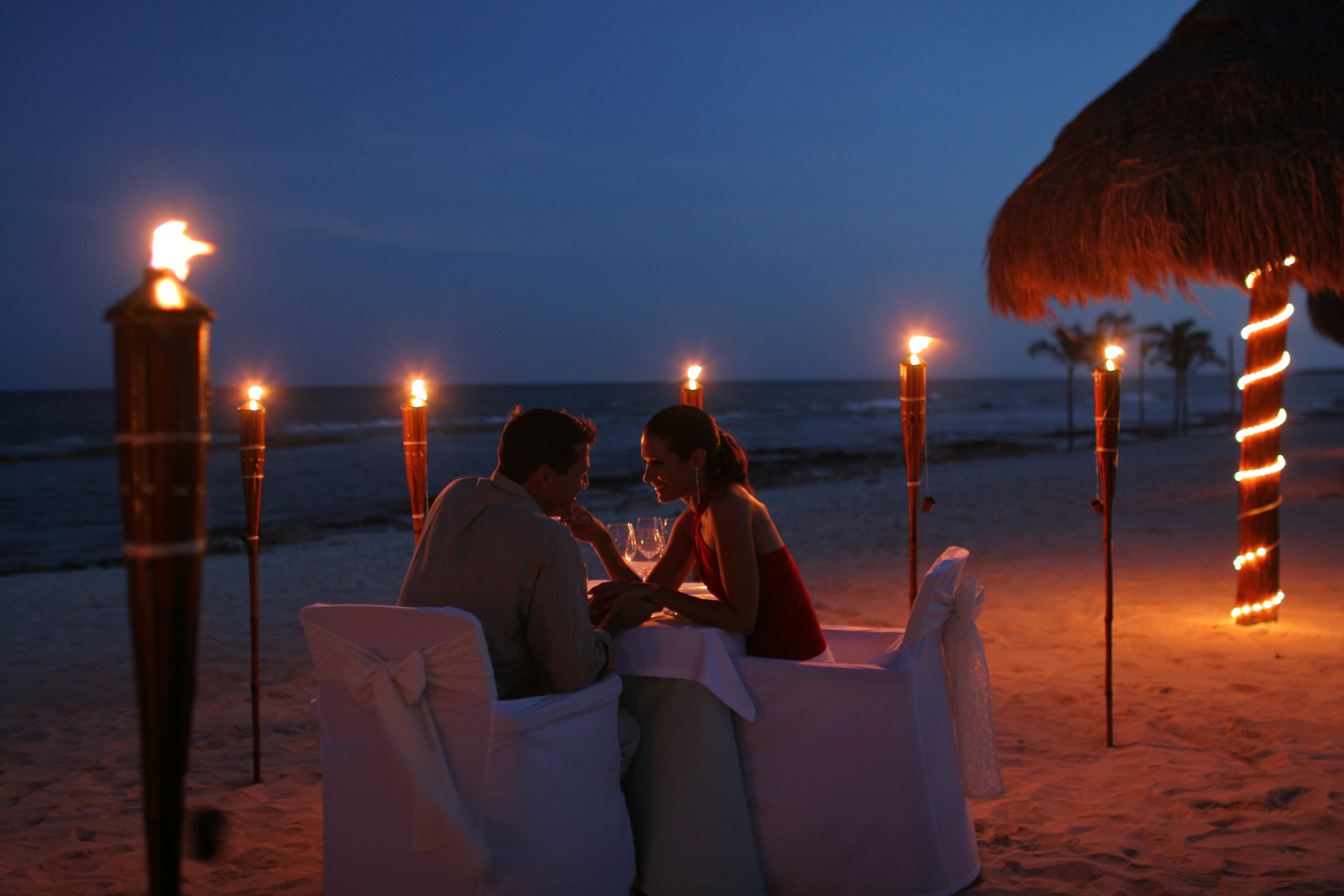 Schön Have A Romantic Dinner. Things To Do On Valentineu0027s Day