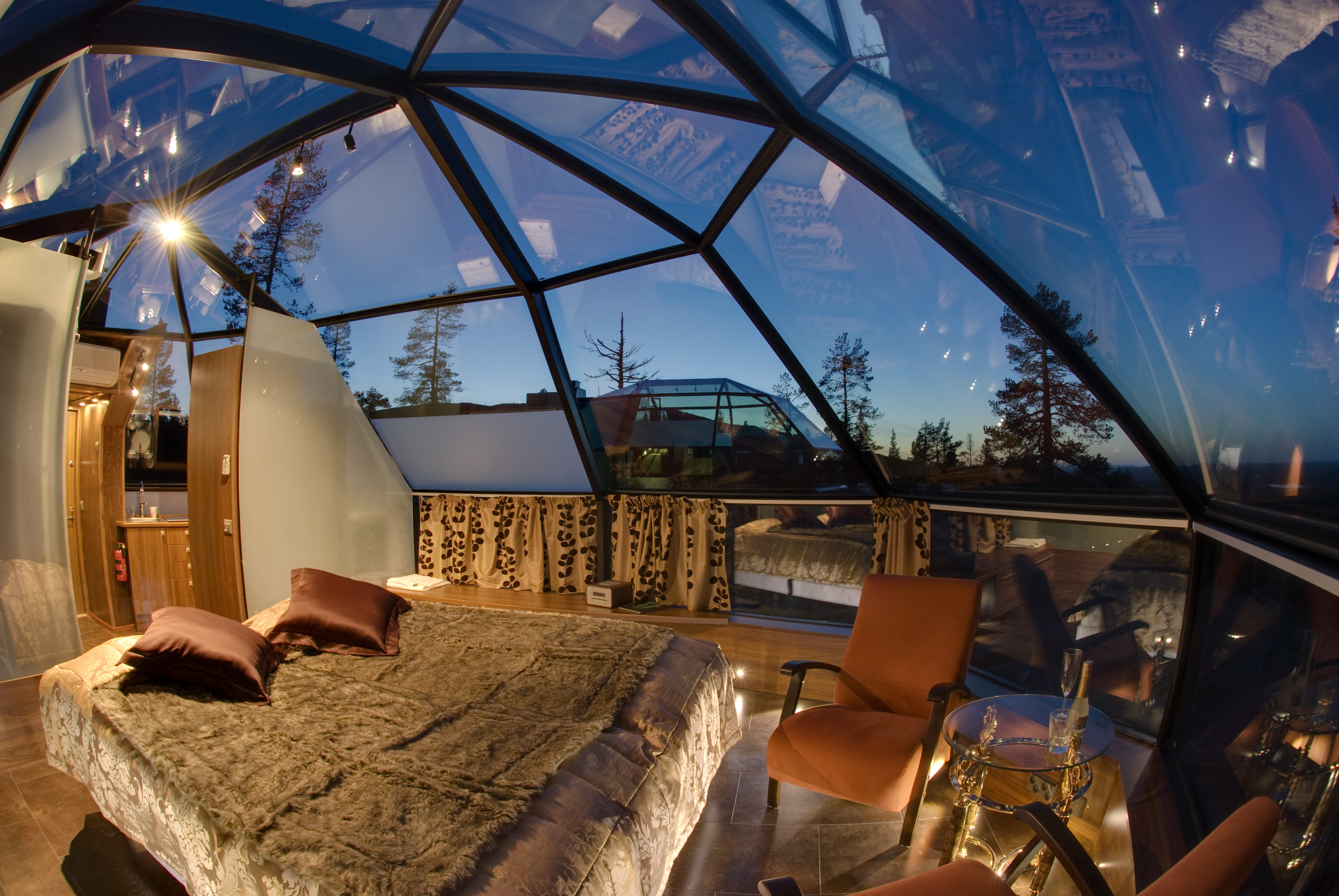 Glass Igloo Hotel Kakslauttanen | Travel Destination