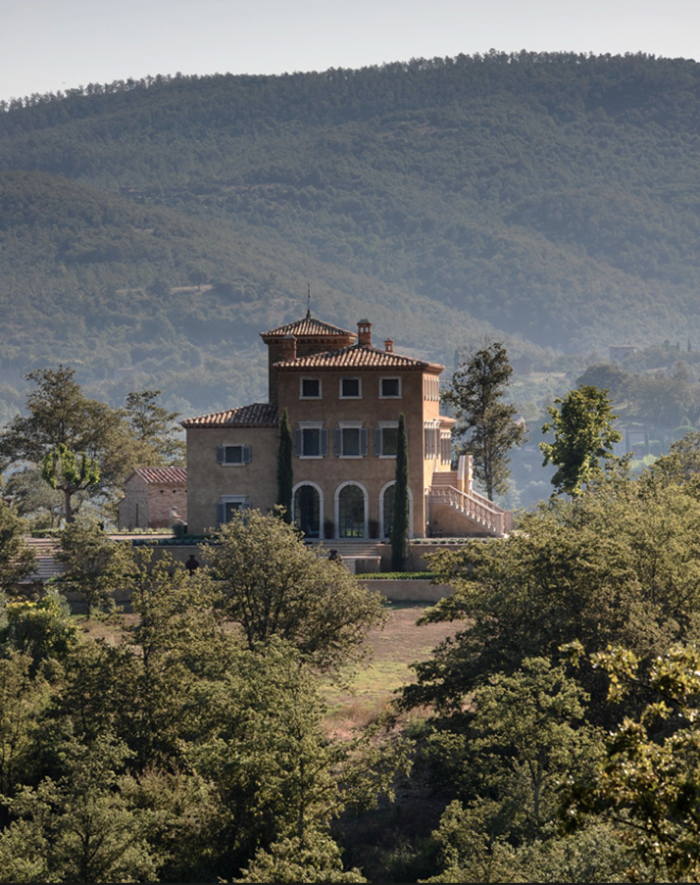 Castello Di Reschio Estate | Travel Destination