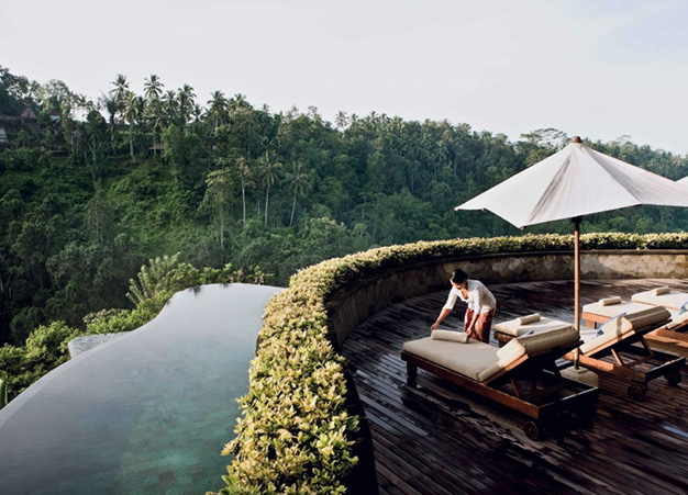 Luxurious and Spiritual Resort: Hanging Gardens Ubud