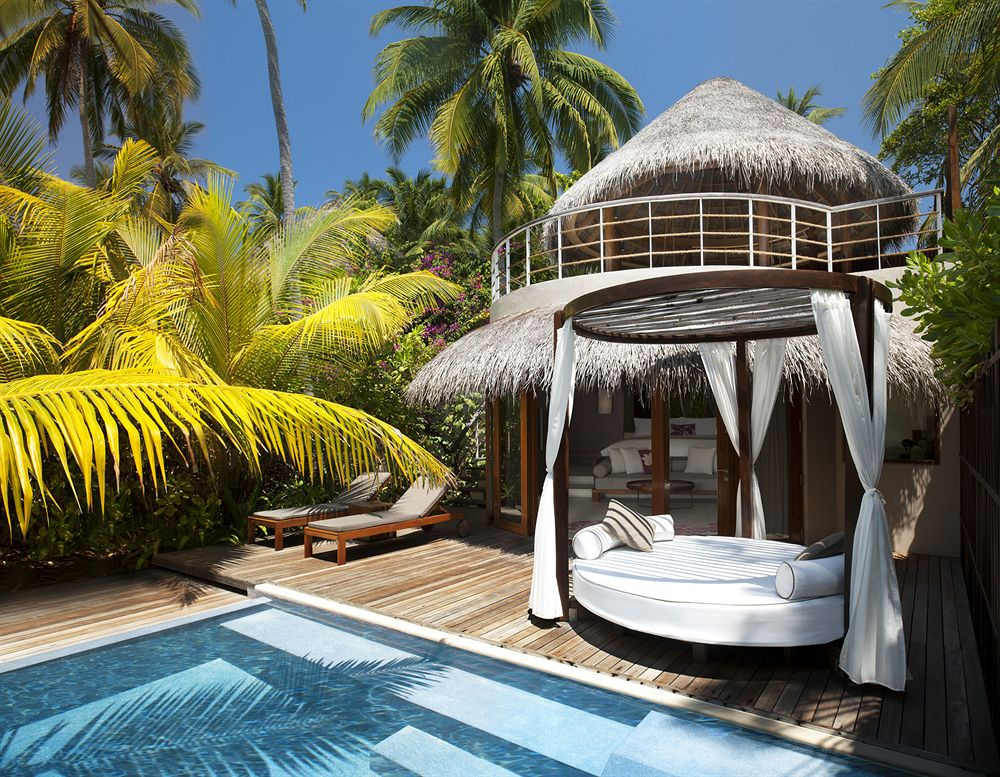 W Resort & Spa – Maldives - Beach Oasis