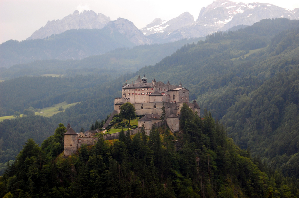 Beautiful Castles From Around The World