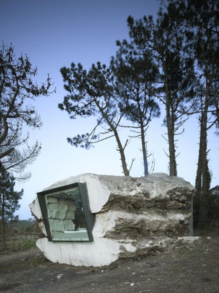 Check Out This Awesome Home Built Into A Giant Rock!