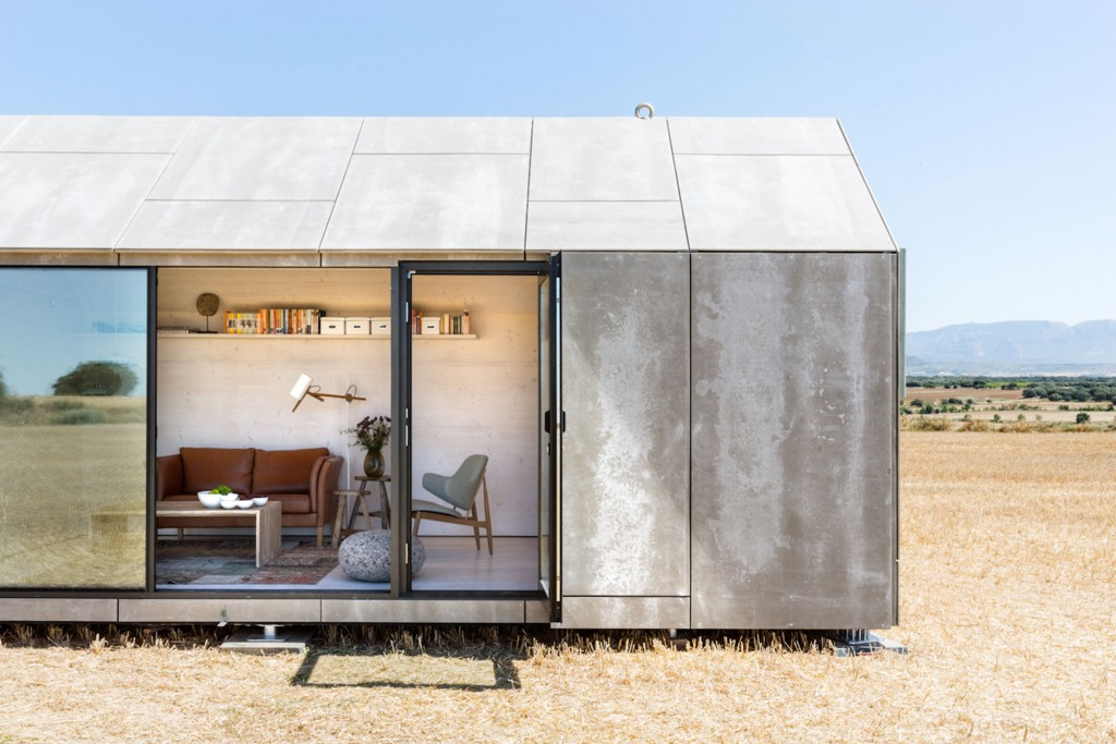 Extremely Cool Portable Home From ÁBATON