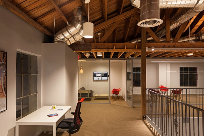 I Bet You Would Love To Work Here! Cool BuzzFeed Office in LA