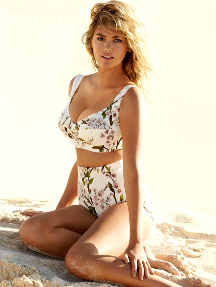 Kate Upton In A Hot Cover Shoot For Vogue UK (2)