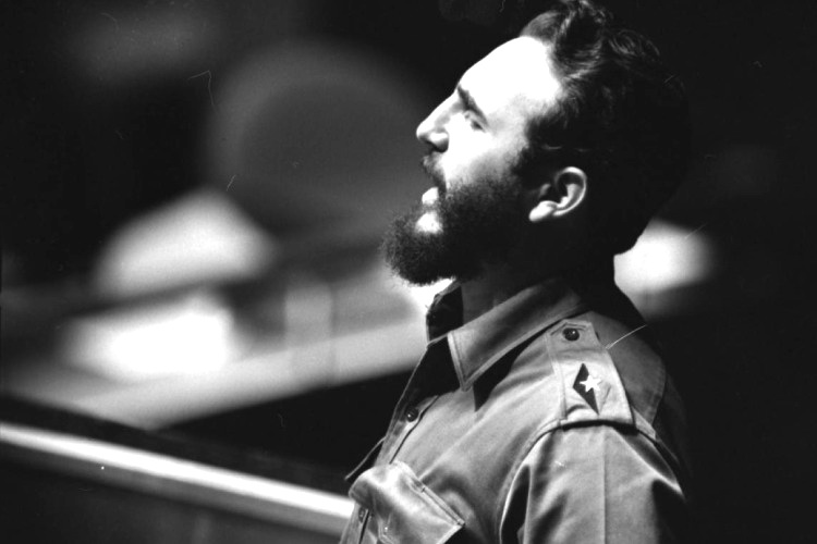 Most Expensive Autograph in the World fidel.castro.united.nations.1960