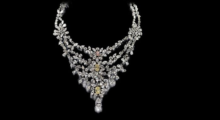 Most Expensive Royal Jewels Top 5 4.Marie Antoinette's Necklace - $3.7 million