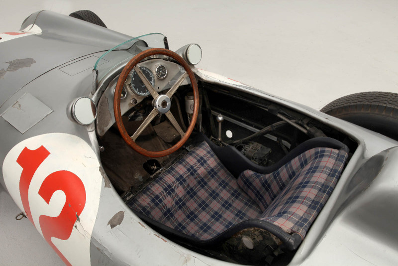 Most Expensive Vintage Car in the World (3)