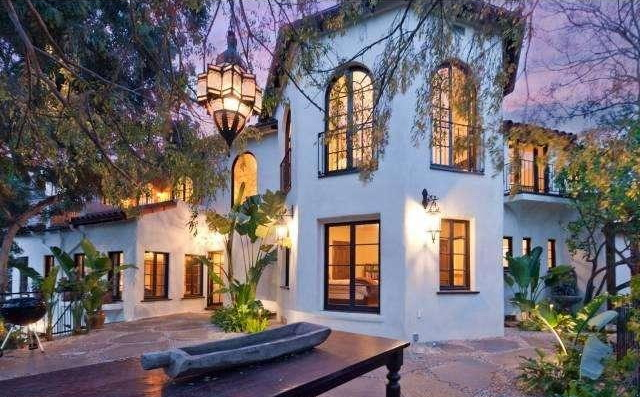10 Celebrity Homes That Are Worth More Because They Lived There  ryan r