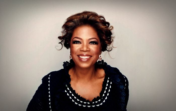 oprah winfrey a talk show host billionaire and much more Oprah winfrey quotes born: january 29, 1954 be motivated by the quotes of this famous talk show host, oprah winfrey she was born in in kosciusko, mississippi to a baptist family who struggled to make ends meet.